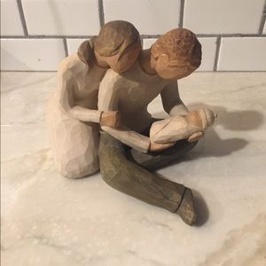 "Willow Tree ""New Life New Baby"" figurine."